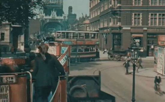 Old Color Photos of London in 1927 (1)