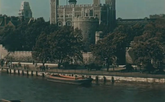 Old Color Photos of London in 1927 (2)
